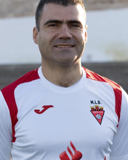 Fransico J Marco Domene es entrenador del Alevín A y jugador del Veteranos
