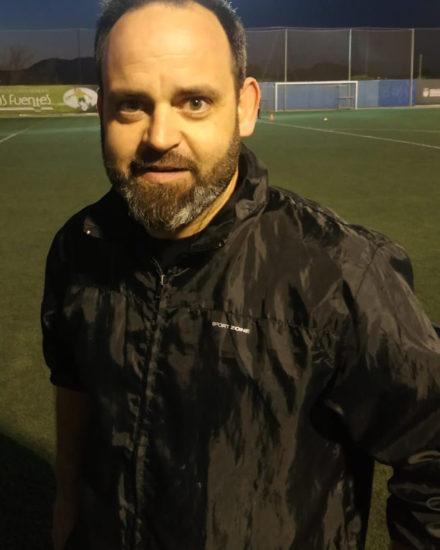 Antonio González es entrenador de porteros del Infantil B del Aspe UD