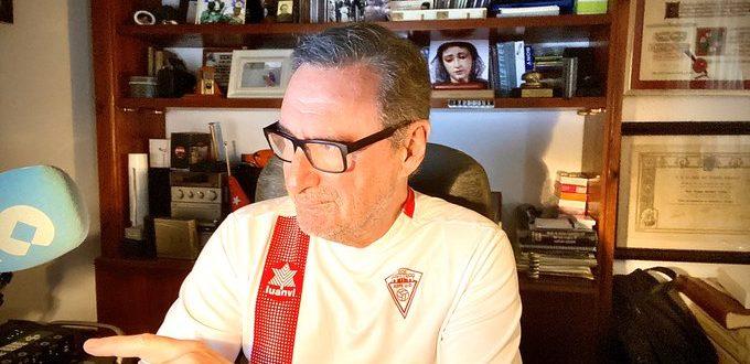 Carlos Herrera viste nuestra camiseta