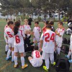 El Benjamín C recibiendo instrucciones de su entrenador Juanlu