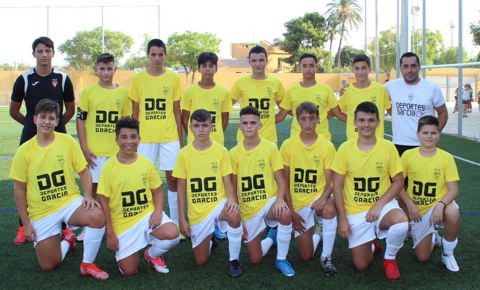 Equipo Cadete B del Aspe UD en un partido amistoso frente al Gimnastic de San Vicent