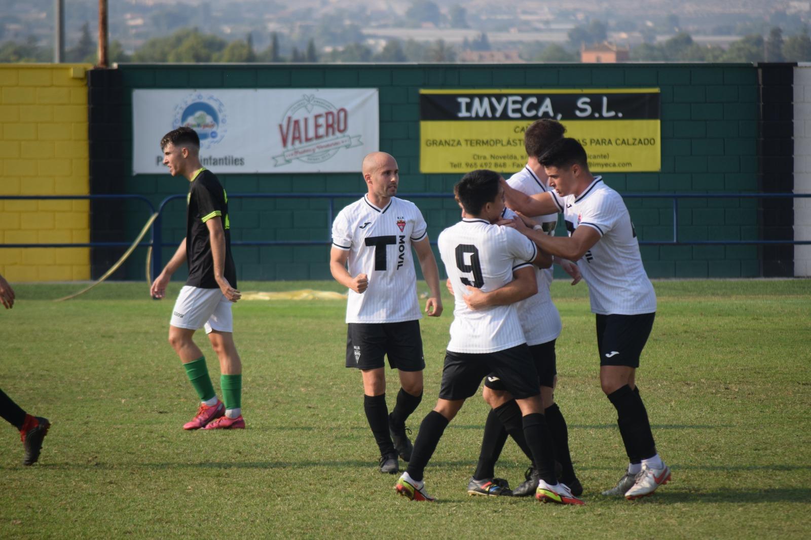 Celebración del gol de Vicedo frente a la UD Ilicitana